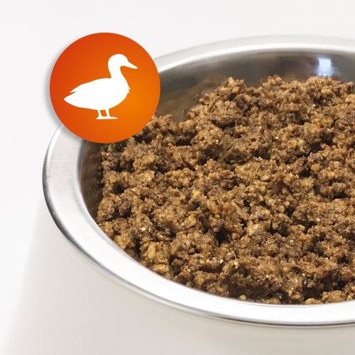 AktivDog – Das natürliche Schweizer Hundefutter in der Sorte Ente